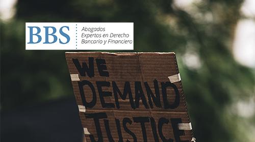 Cartel: we demand justice.
